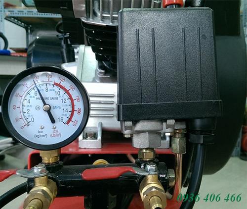 may-nen-khi-piston-3hp-100lit-3